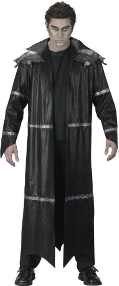 Picture of Lantana Male Vampire Costume