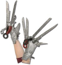 Picture of Edward Scissorhands Deluxe Glove Set