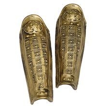 Picture of Gold Roman Leg Armor Pair
