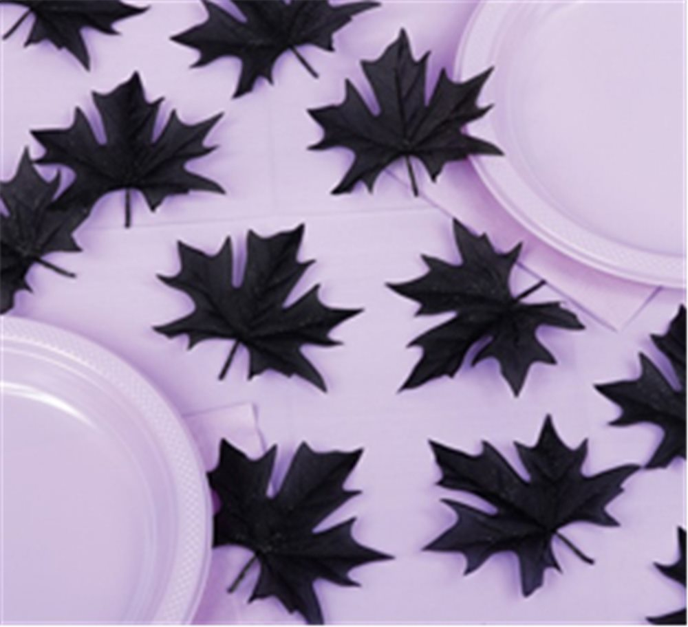 Picture of Black Leaf Table Sprinkles