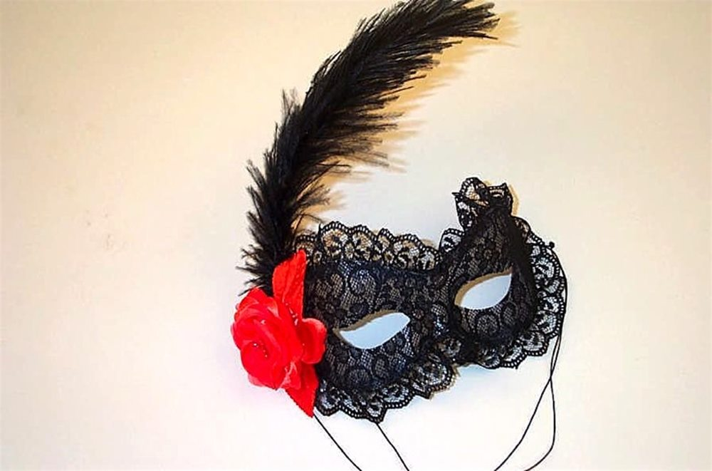 Picture of Spanish Rose Adult Mask
