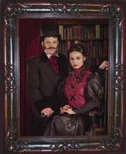Picture of Haunted Couple Lenticular Portrait